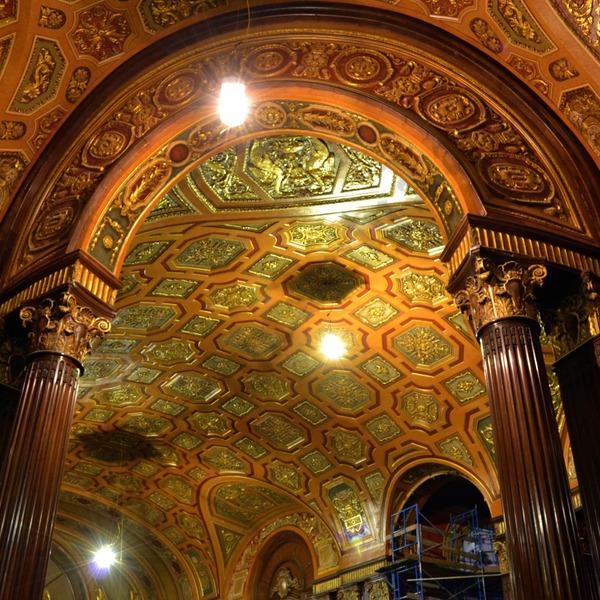 avenue Theatre Hvorfor hedder det middelalderen