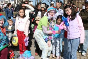 Easter Egg Hunt at Bensonhurst Park 2007 - Brooklyn Archive