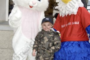 Easter on Third Avenue 2009 - Brooklyn Archive