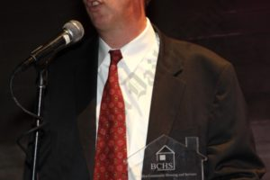 Honoree Martin Dunn accepting award. - Brooklyn Archive