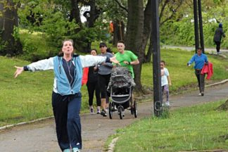 NYC Road Runners in Shore Road Park 05/12/2018 - Brooklyn Archive